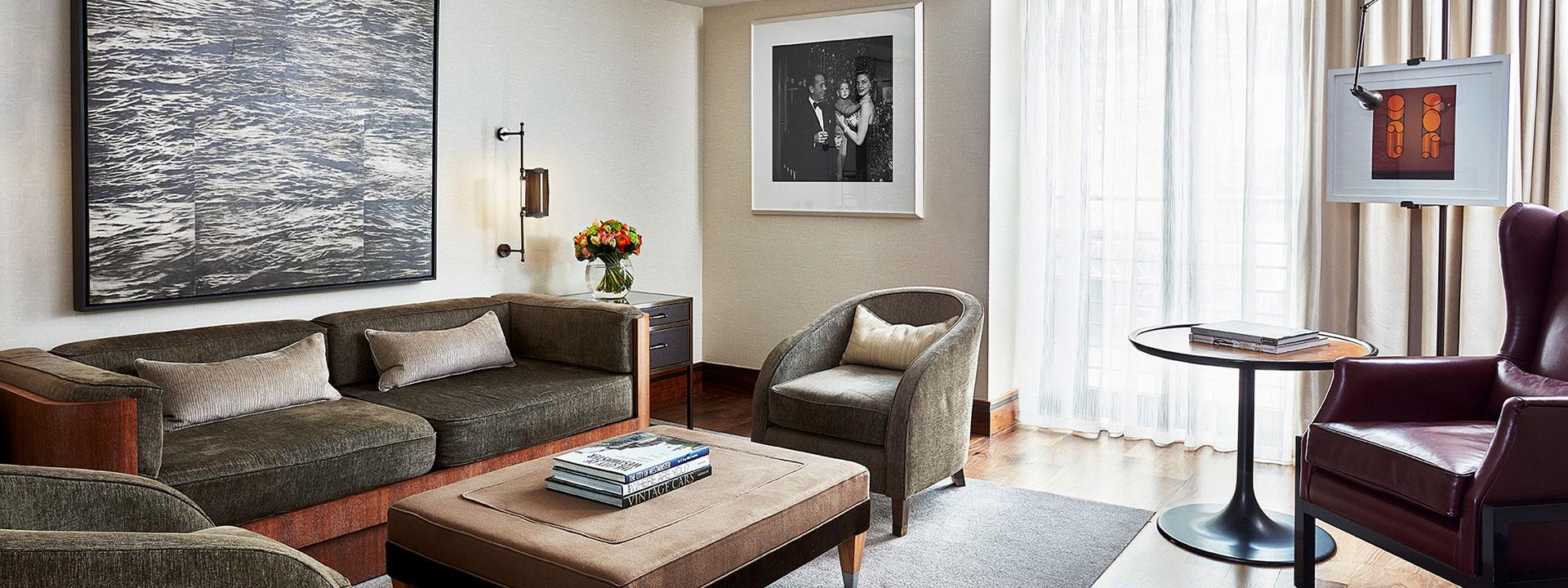 The Adams Suite - Living Room