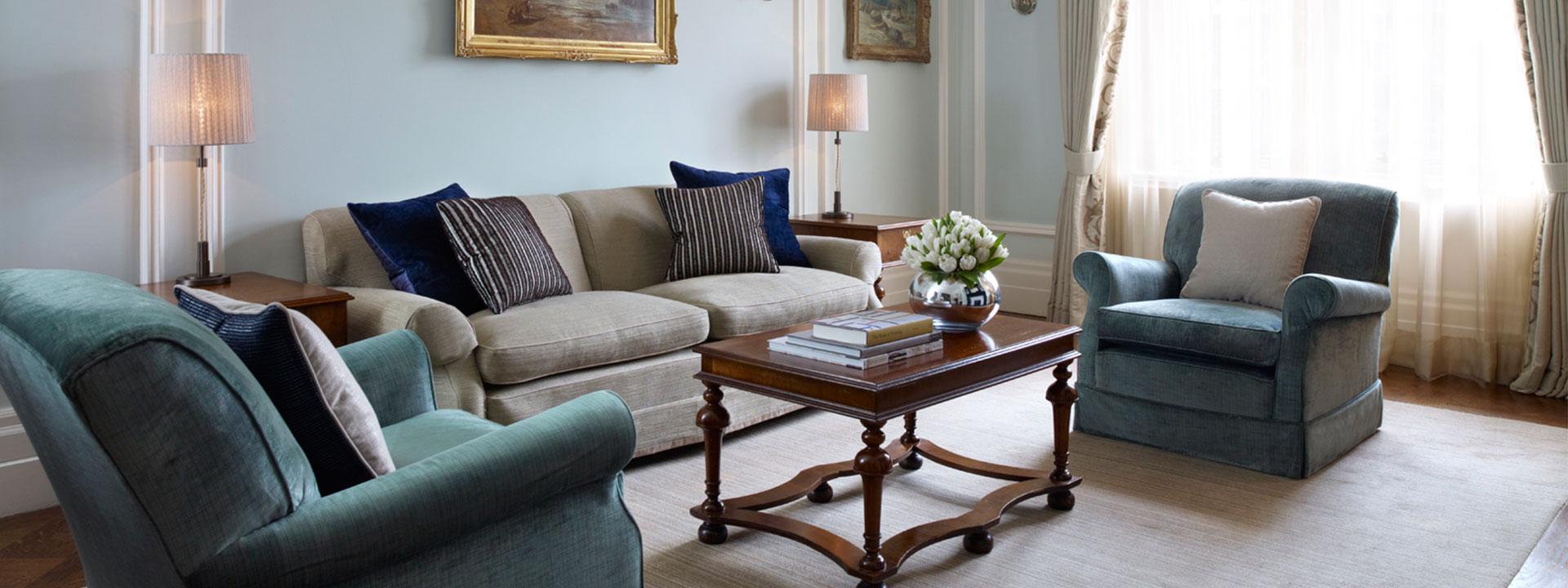 Carlos Suite Sitting Room